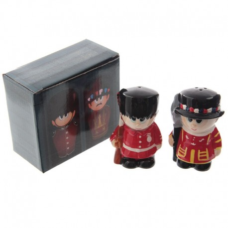 Guardsman & Beefeater - Salt & Pepper Set